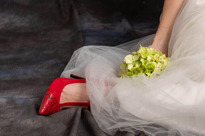 OBJETS robe mariée chaussure rouge