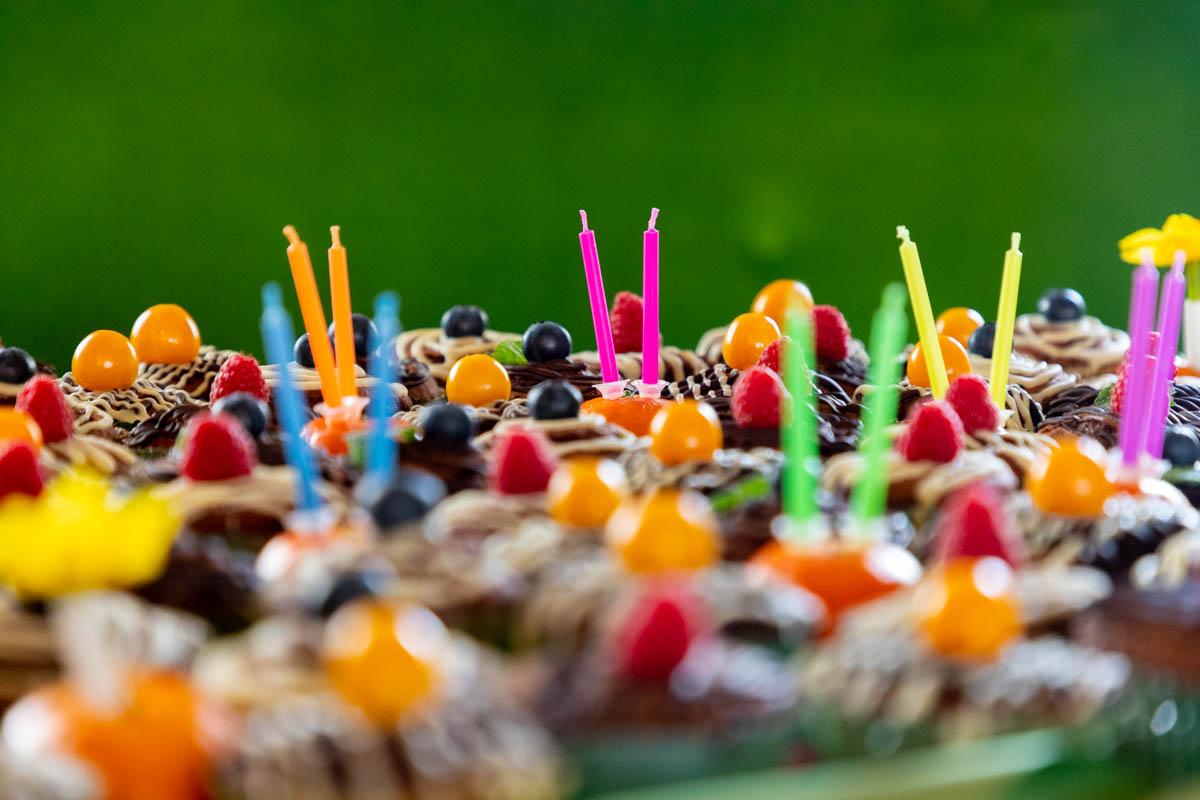 photo gâteaux colorés événement