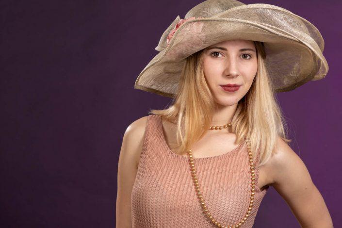 PORTRAITS modèle chapeau
